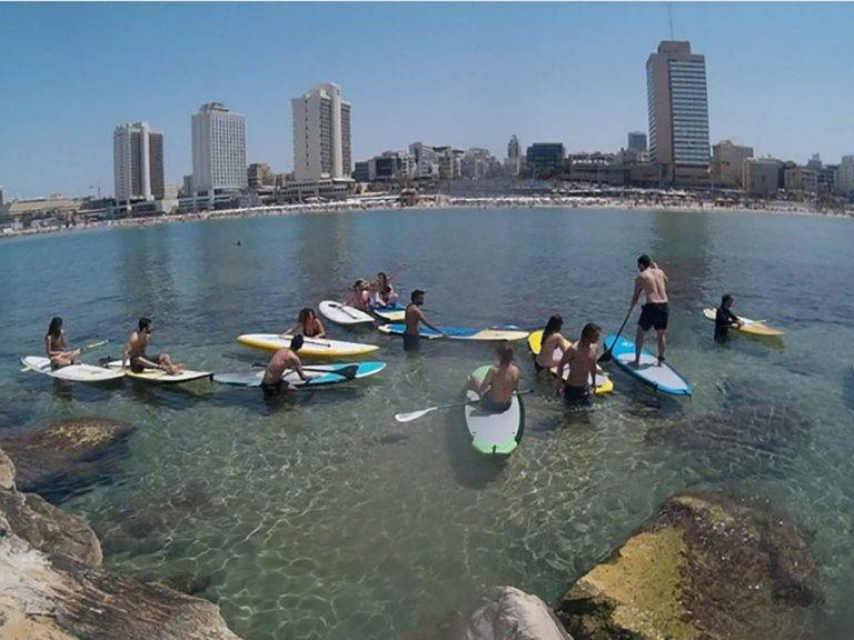Stand-up paddling for a cause